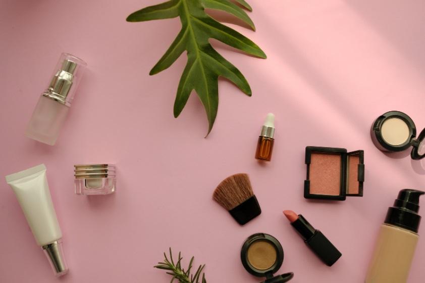 Alguma vez pensaste em usar cosmética natural no teu dia-a-dia?